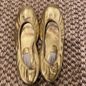 Authentic Lanvin bright gold flat. Size 40.5